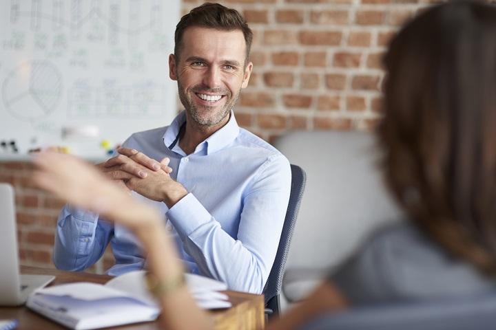 Entretien d'emploi dans l'entreprise